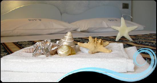 Hotel Villa Irma: particolare della stanza ricordi