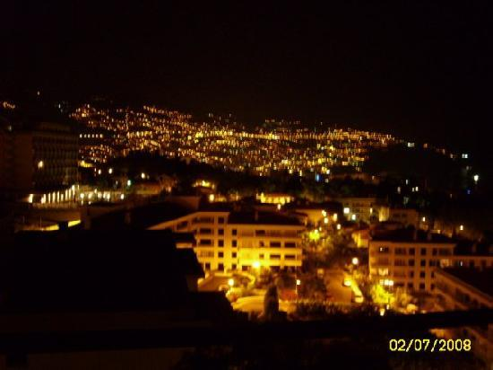 Dorisol Mimosa: vue de la chambre la nuit