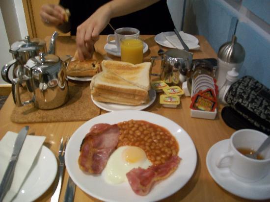 Luna & Simone Hotel: colazione