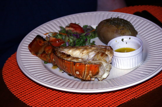 Dawn's Grill : Great lobster tail!