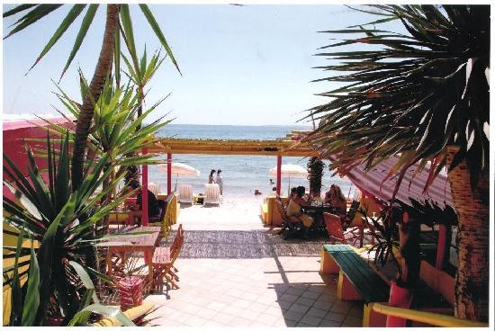 Hotel Villa Nina: La plage privée