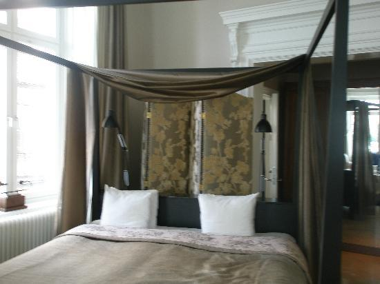 Lydmar Hotel : Bed