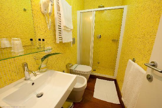 Maison Giulia: bagno