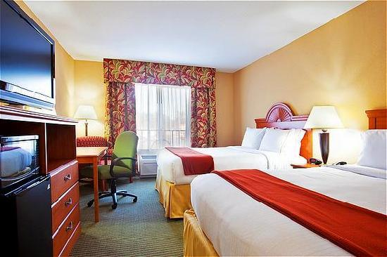 Holiday Inn Express Hotel & Suites Lake Zurich-Barrington : Standard Queen Queen Room