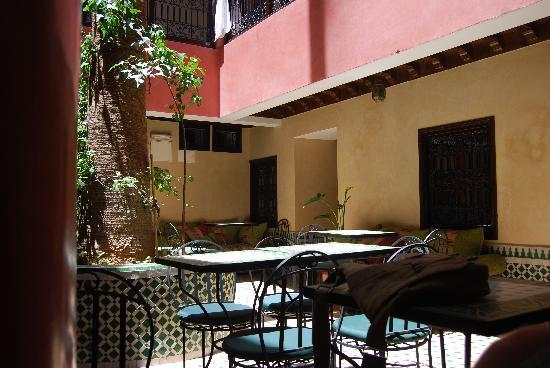 Hotel Cecil Marrakech: zona desayuno