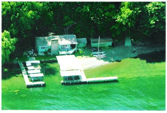 Kingtown Beach Lakeside Cottages and Yurts: View from Air Plane of Property