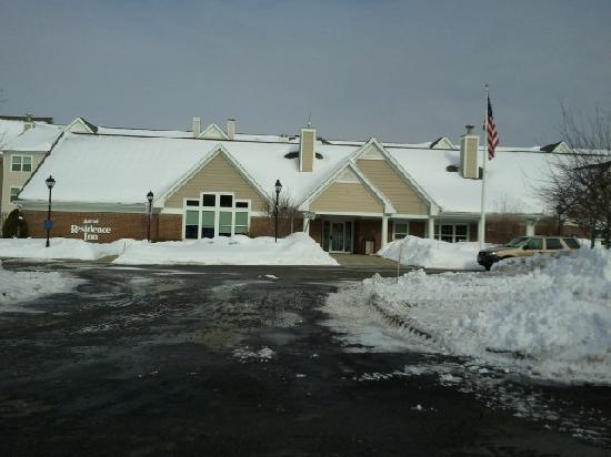 Residence Inn Boston Franklin: front again