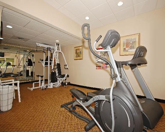 كومفورت سويتس يوجين: Workout Room
