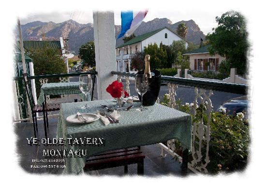 Ye Olde Tavern: Beautiful surroundings