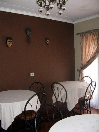 Godial's Bed & Breakfast: Breakfast room