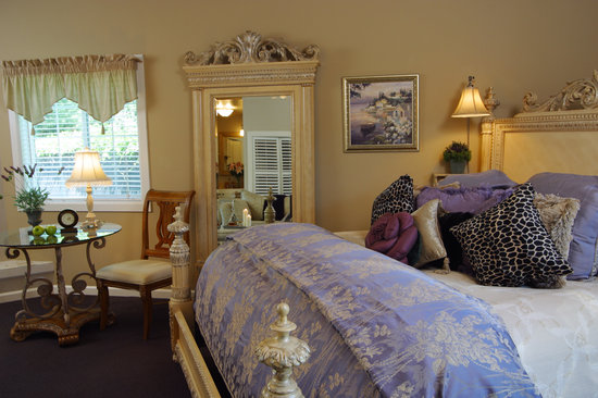 Honor Mansion, A Wine Country Resort: Vineyard Suite I