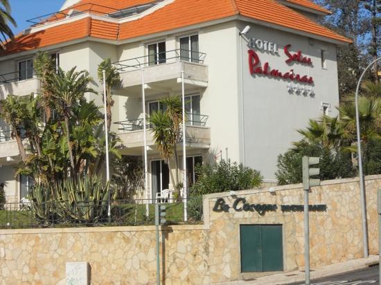 Hotel Solar Palmeiras: Aussenansicht des Hotels