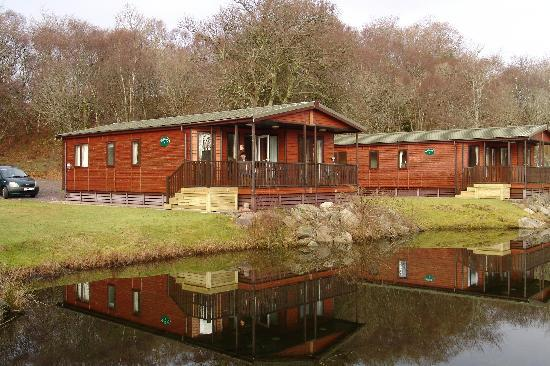 Tralee Bay Holiday Park: Our Lodge by the lake