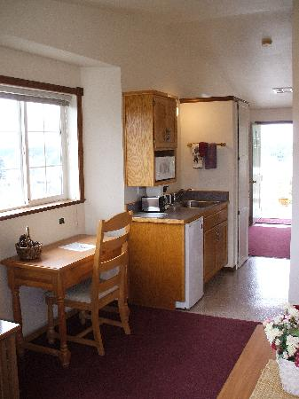 The Landmark Inn: Kitchenette in master suite.