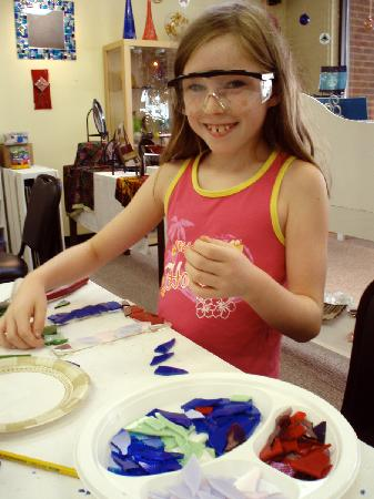 The Glass Palette - Interactive Glass Art Studio: Getting crafty at the Palette