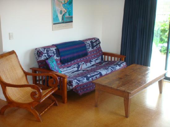 Blue Heron Bungalows : Double futon in each unit