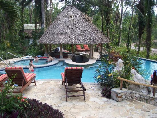 Ian Anderson's Caves Branch Jungle Lodge: The pool