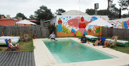 El Viajero Manantiales Beach Hostel: Piscina