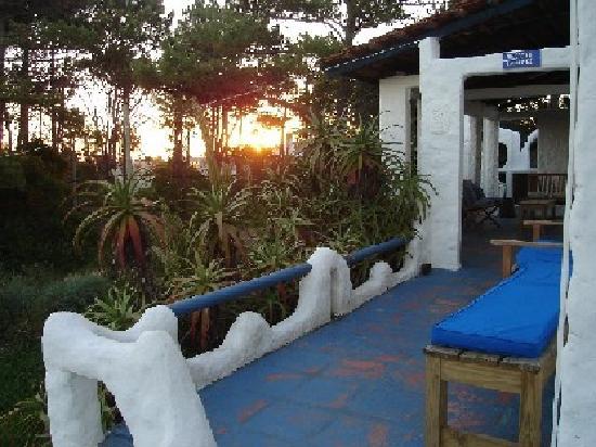 El Viajero Manantiales Beach Hostel: Terraza