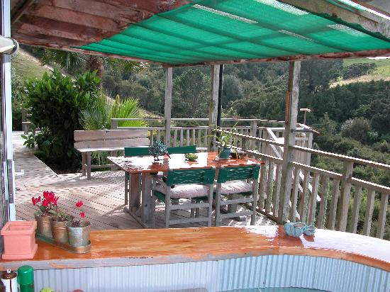 Westwind Homestay: ALFRESCO DINING BY ARRANGEMENT