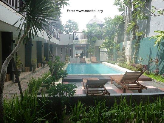 The Kubu Hotel: Der Pool