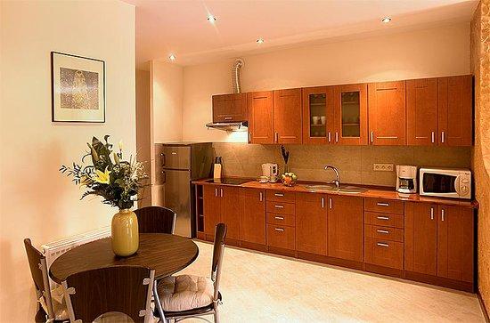 ApartmentsApart: 1Bedroom Flat Sławkowska_Kitchen