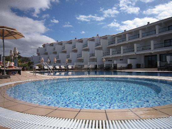 Agaete, Espagne : Swimming pool of the hotel