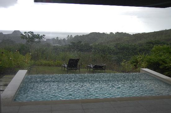 InterContinental Fiji Golf Resort & Spa: Thunderstorm