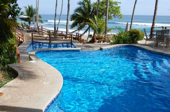 Tango Mar Beachfront Boutique Hotel & Villas: Swimming pools