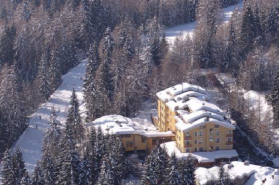 Park Hotel Folgarida: VISTA DALL'ALTO