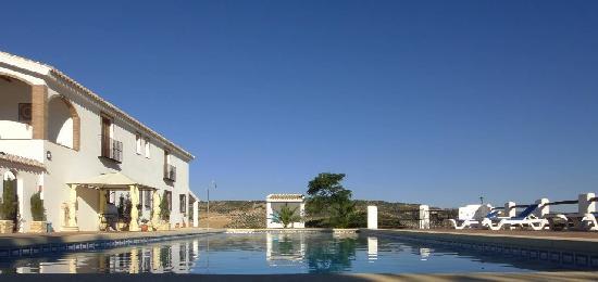 El Amparo: Stunning views even while swimming!