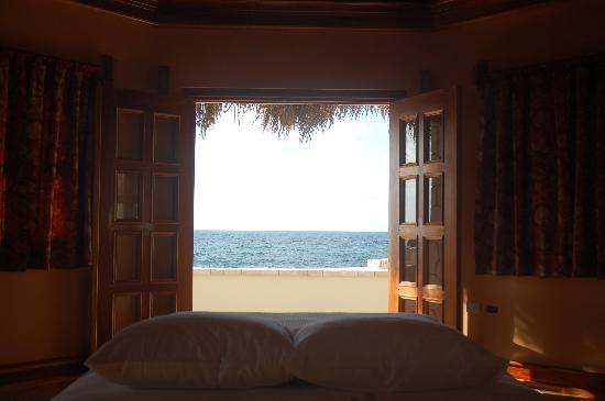 The SPA Retreat Boutique Hotel: Fabulous ocean view to wake up to