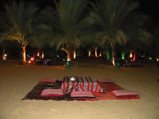 Al Badeyah Eyes Day Tours (ABET) Desert Safari: evening in the camp