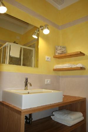 A Casa di Minola B&B: un bagno