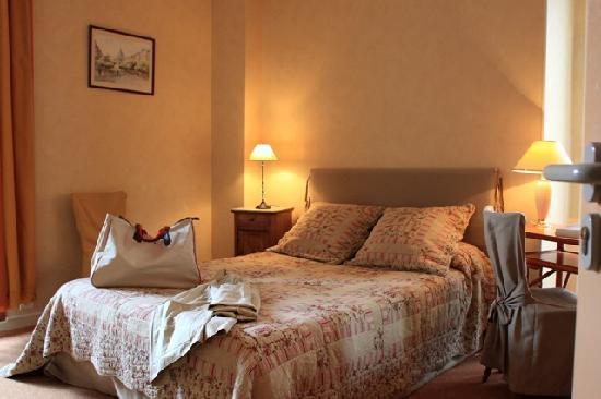 Logis Bon Repos : chambre balcon