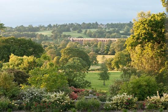 Haywards Heath, UK: View across Ouze Valley Viaduct