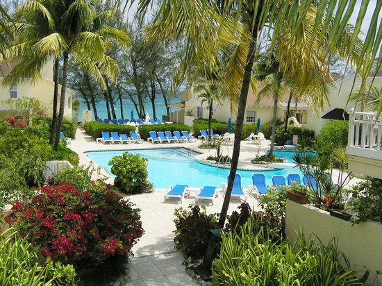 Sunrise Beach Clubs and Villas: Pool and Ocean Overlook