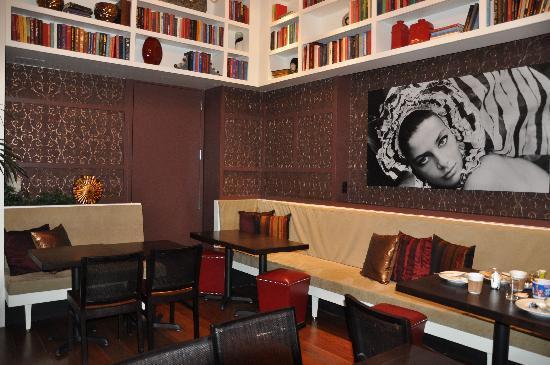 Marriott Vacation Club Pulse, New York City: trendy breakfast