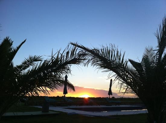 Casa Los Jazmines: sunset by the pool