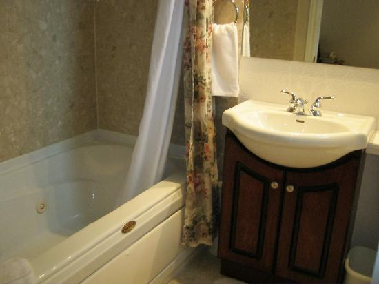 Green Acres Inn: salle de bain