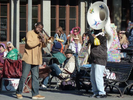 Bourbon Street: street musicians
