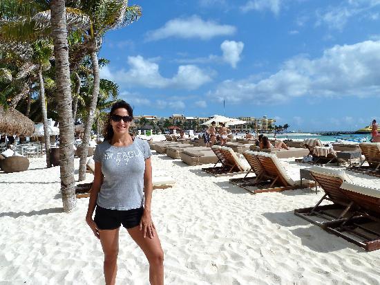 Maya Villa Condo Hotel & Beach Club: beach shot 3