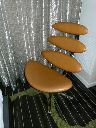 Hard Rock Hotel San Diego: Cool chair.