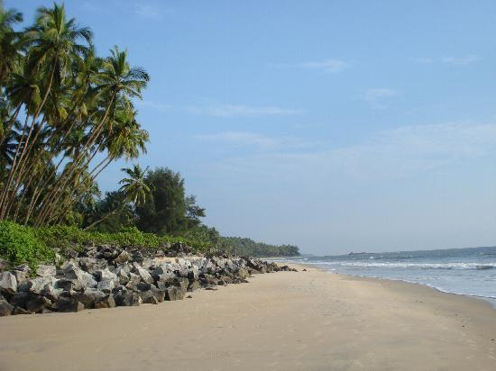 Kannur Beach House: the beach near by