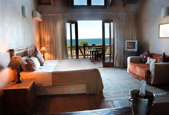 Crawford's Beach Lodge : Bedroom Layout