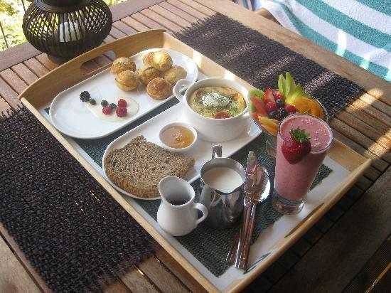 HideAway Haven: Just one of our amazing breakfasts!
