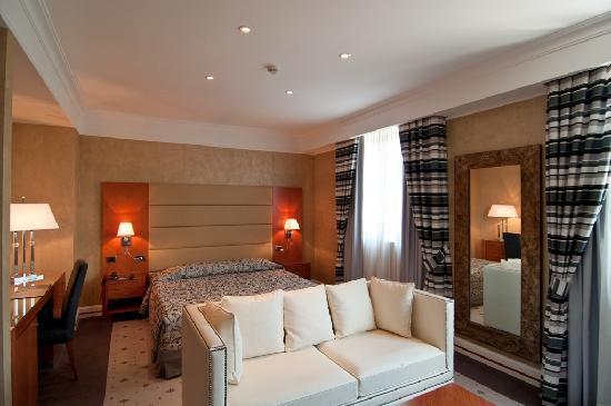 Hotel Perusia: Deluxe Family Room MyGem