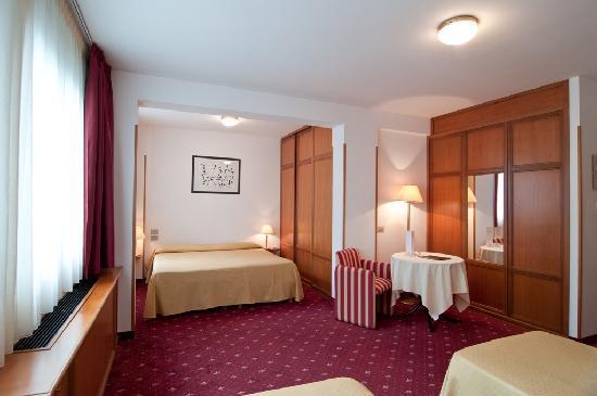 Hotel Perusia: Economy Family
