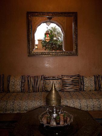 Riad Layalina Fez: Grand salon