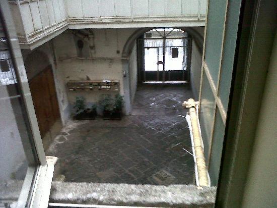 Hotel Micalo : CORTILE INGRESSO